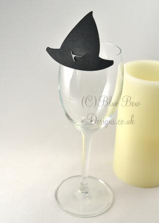 Witch hat place card. Black witches hats
