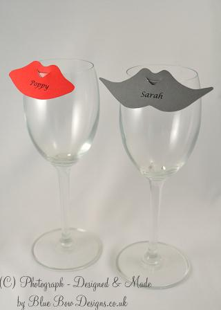 Red lips and grey mustache place cards