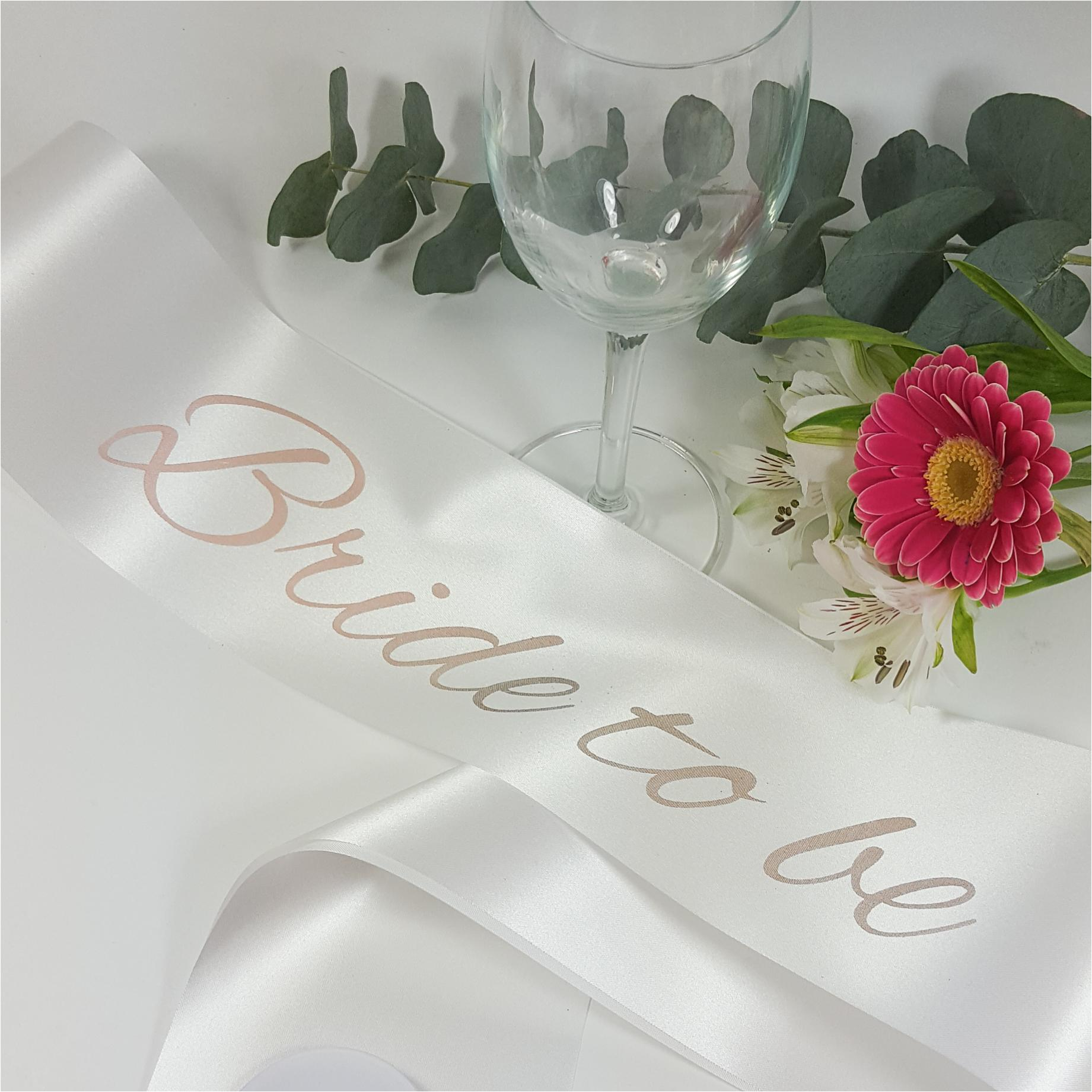white bride to be sash with rose gold print