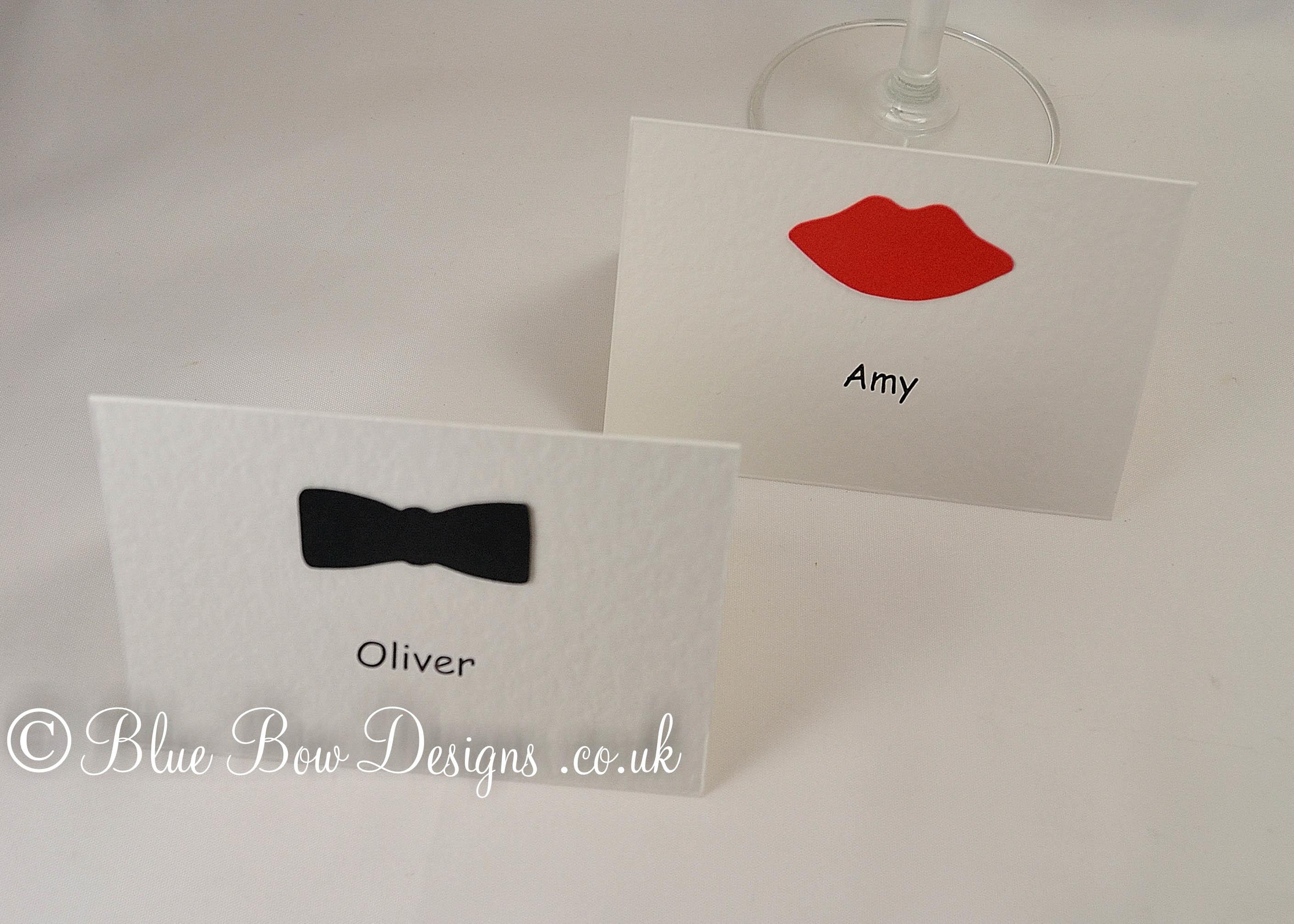 Bow tie and lip place cards