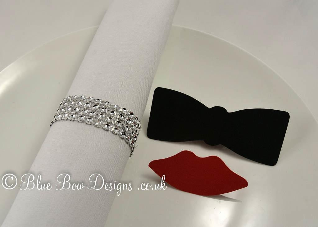 Black bow tie place card with red lips place card