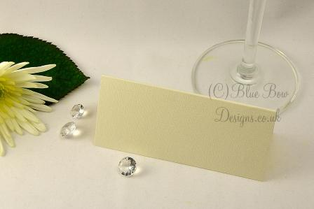 Medium cream place card