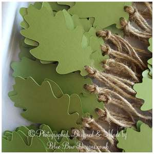 Leaf green pearl,Oak leaf tags with hessian string pearl green card