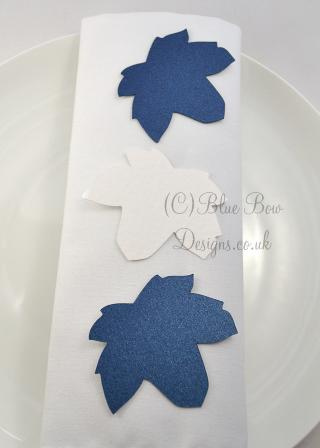 Sycamore leaf tags blue and white