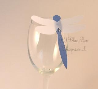 Blue wine glass dragonfly place cardon wone glass