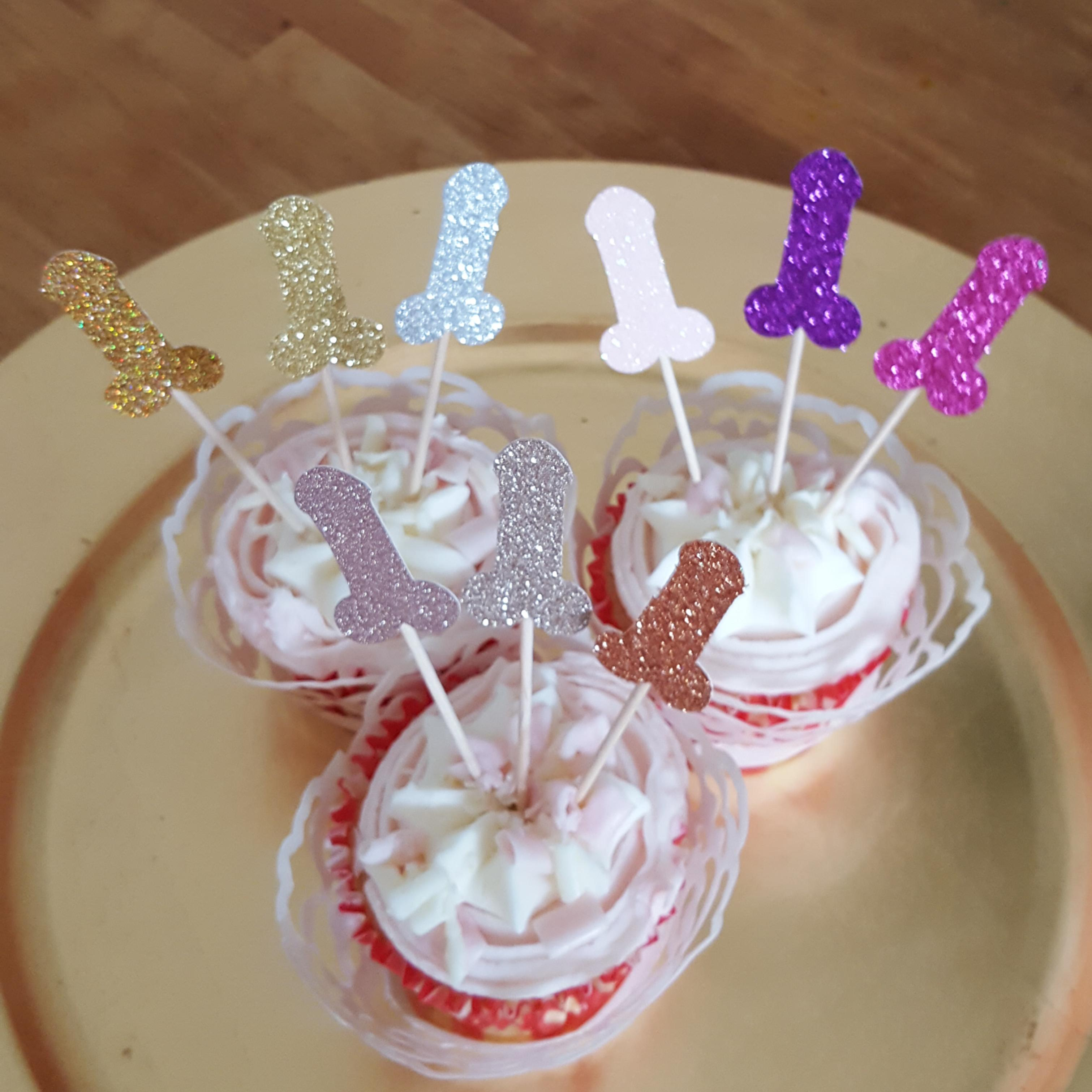 Willy Cupcake toppers