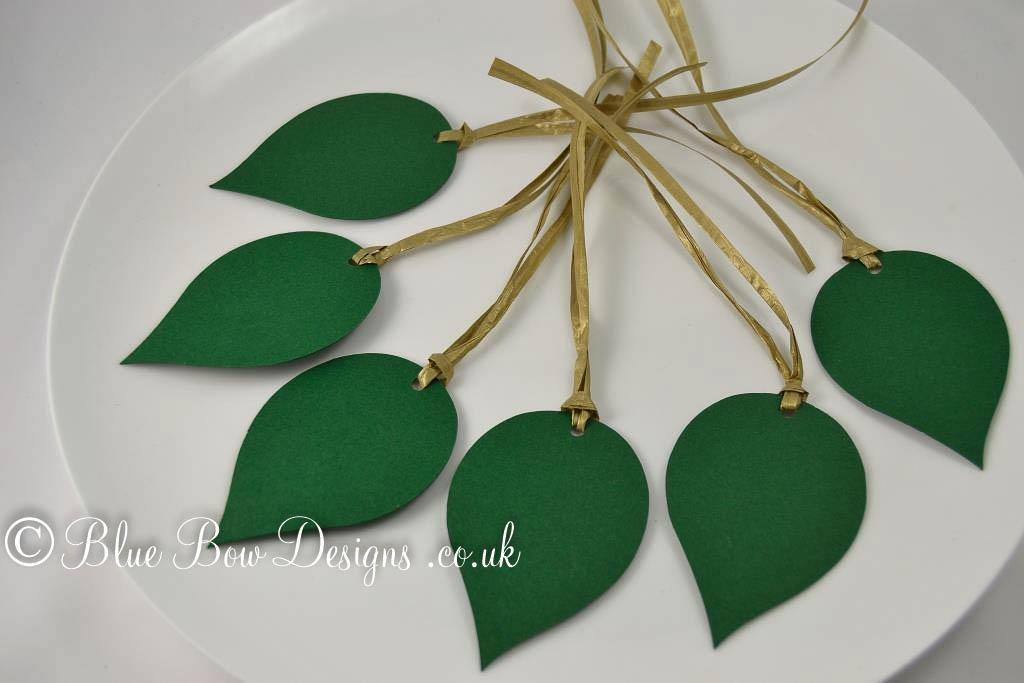 Rose leaf tags forest green matt