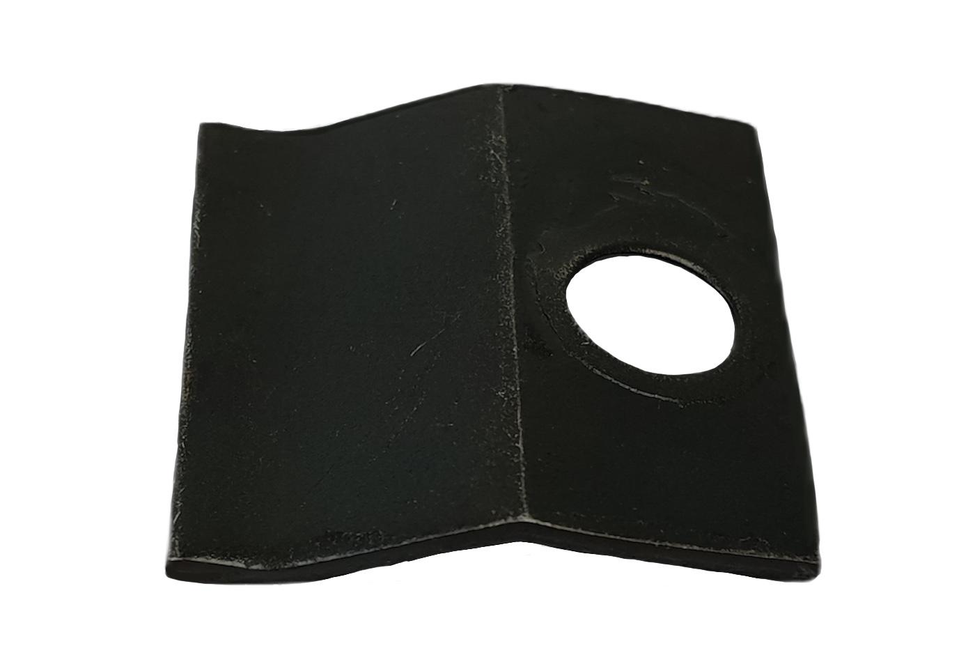 A glass clip and screq suitable for a variety of Dovre stoves.  Manufactured and supplied by Stove Industry Supplies.