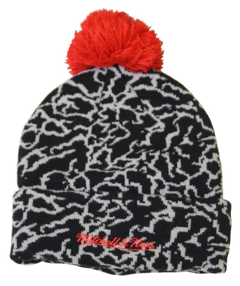 809e47e0 Mitchell & Ness | Chicago Bulls Cracked Pattern Cuff Knit