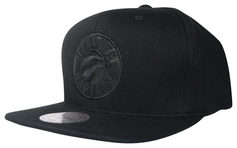 0478c4e5010 Black Out Snapback Toronto Raptors