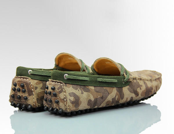 'HIS HIGHNESS HUNTERS' Mens Suede Camo Army Print Luxury Driving Moccasin Back View