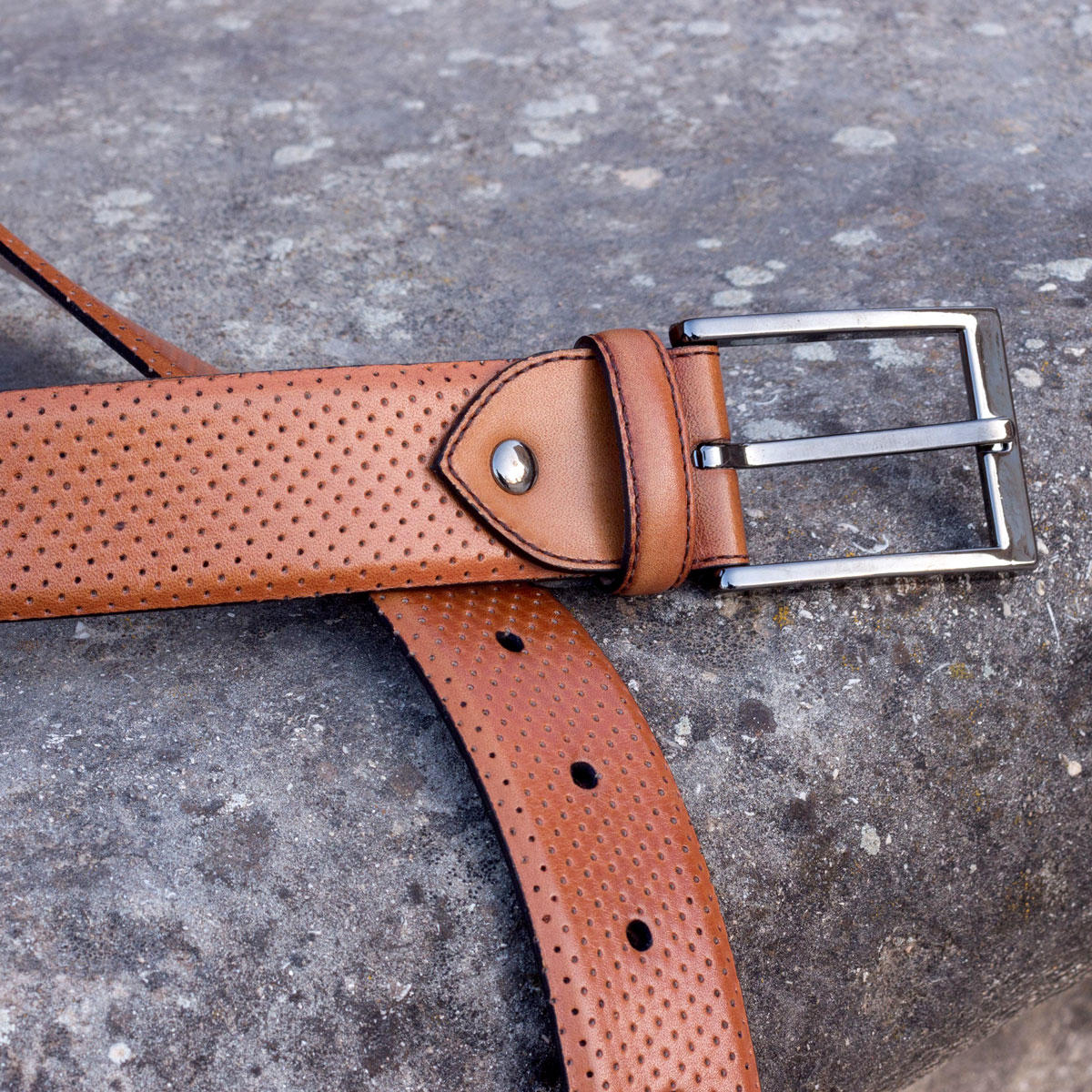Manor of London 'Hamptons' Perforated Painted Cognac Calfskin Luxury Leather Belt Buckle Close Up View