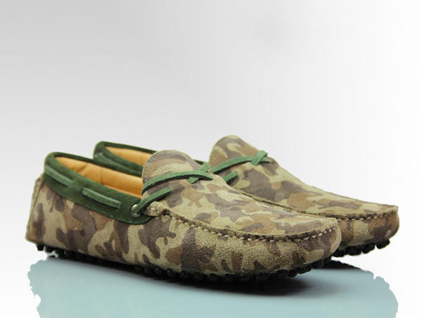 'HIS HIGHNESS HUNTERS' Mens Suede Camo Army Print Luxury Driving Moccasin Front Side View