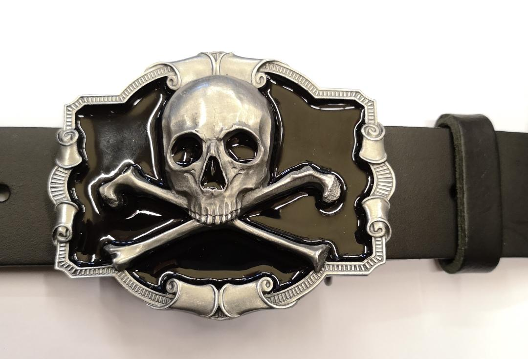 Tanside | Black Skull & Crossbones Belt Buckle - Front With Belt