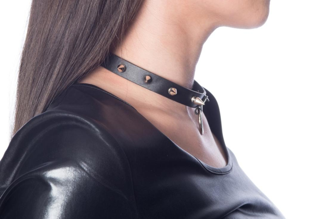 Banned | Lucifer Spike O-Ring Collar - Side View
