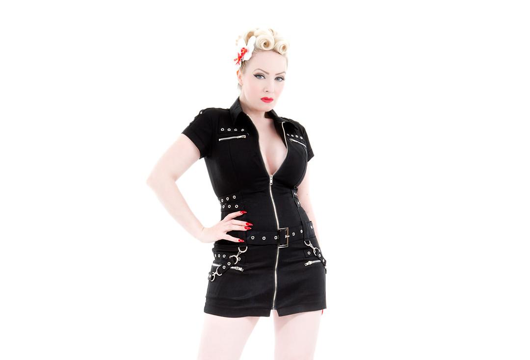 Hearts & Roses | Black Buckle 0321 Punk Dress - Front Close