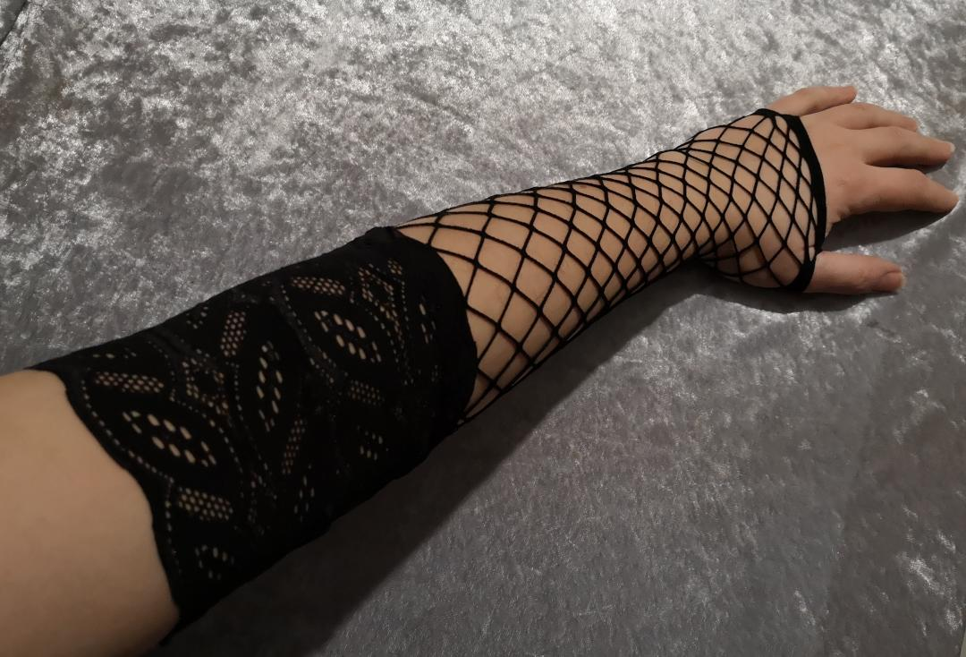 Catwalk Collection | Black Long Whalenet Mesh Fingerless Gloves - Modelled