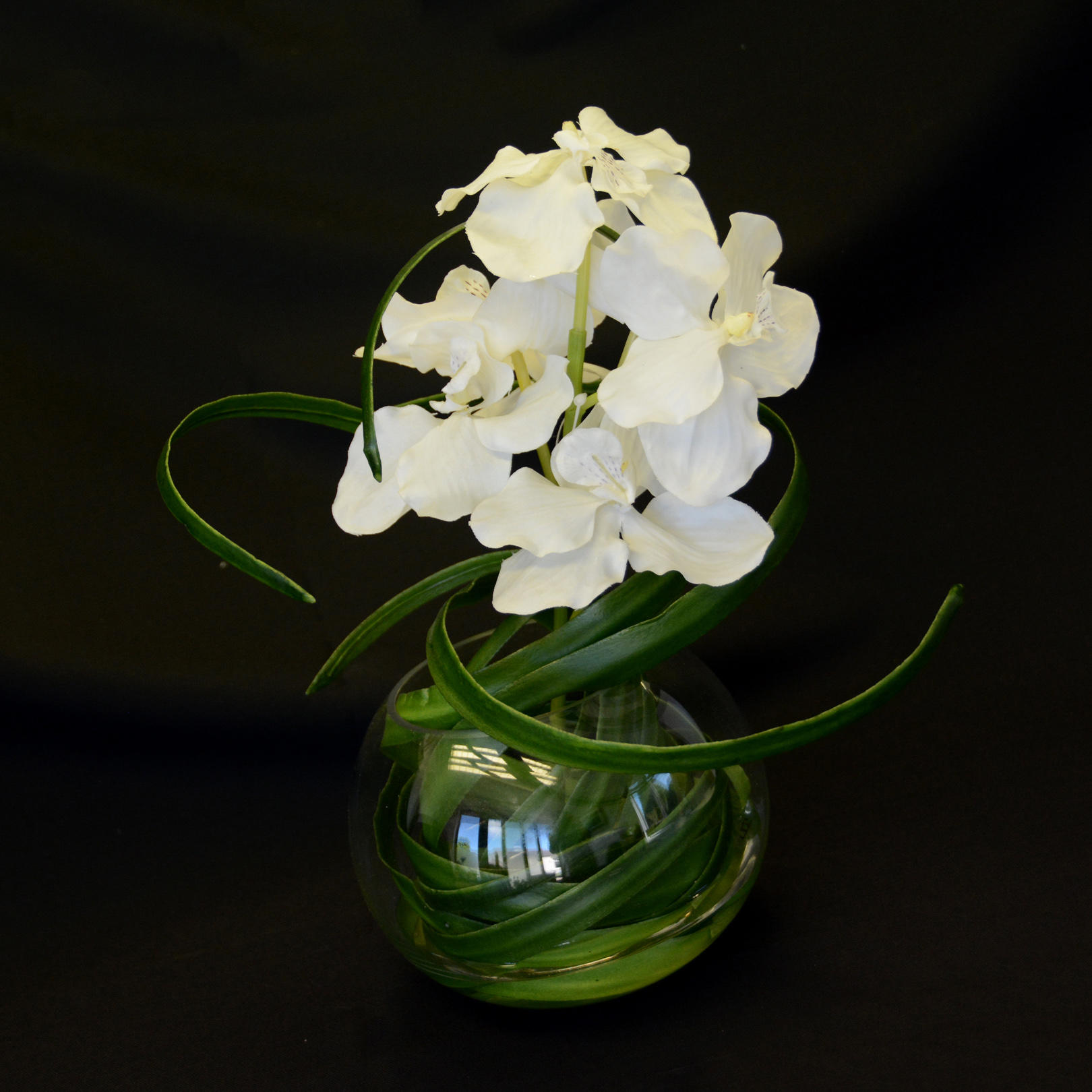 White Orchid Water Pink: Vanda Water White Orchid With Glass Bowl