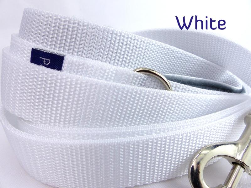 White webbing Long lead