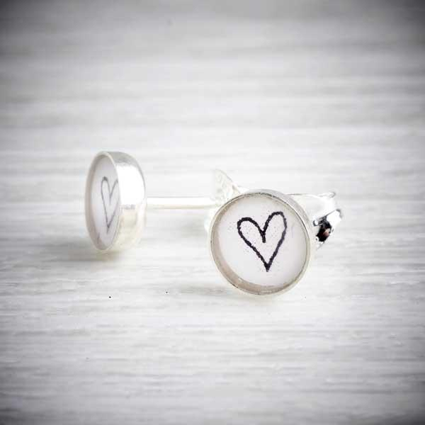 Silver & Resin Heart Stud Earrings by Clare Collinson. Image property of THE JEWELLERY MAKERS.