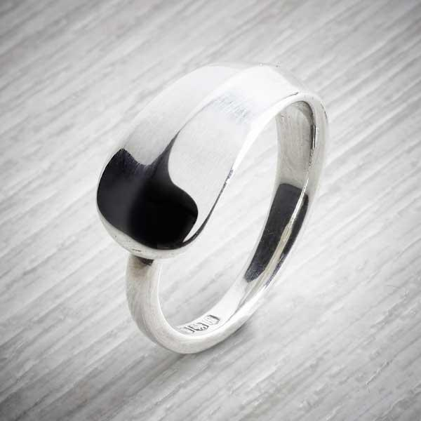 Hanovar - Antique Silver Spoon Ring by Evie Milo, Milomade. Image property of THE JEWELLERY MAKERS
