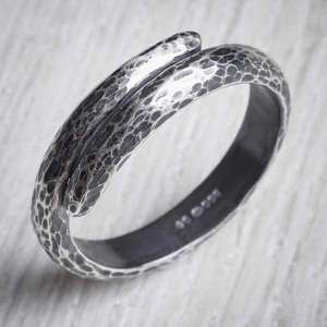 Silver Oxidised Unisex Ripple Ring by Evie Milo, Milomade. Image property of THE JEWELLERY MAKERS