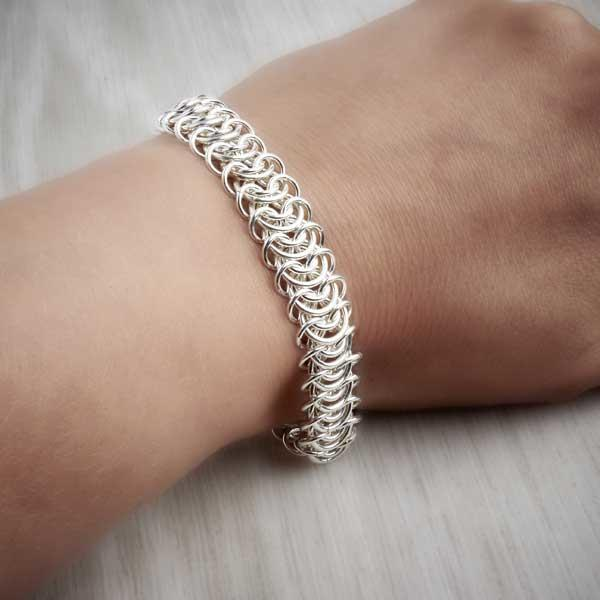 Silver Chainmaille King's Chain Bracelet on model by Laura Brookes. Image property of THE JEWELLERY MAKERS