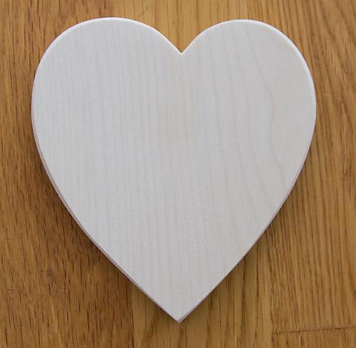 sycamore-heart-shaped-pyrography-blank