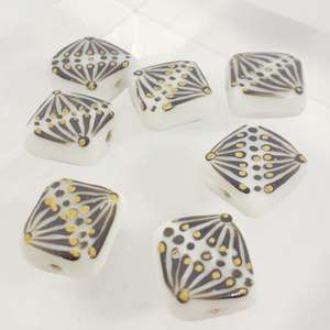 14mm White Square with Hand Painted Indian Black and Gold Fan Design