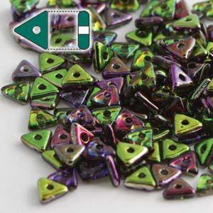 4.6x3.1mm Tri Bead in Magic Orchid