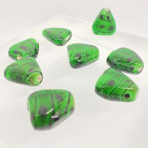 18x15mm Dark Green Triangle with Black Spot Design