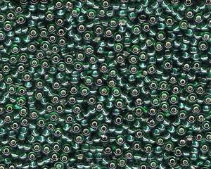 Miyuki Seed Beads 8/0 in Emerald Green Trans. Silver Lined