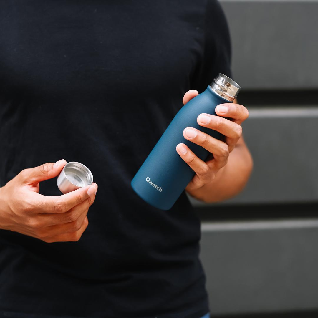 Stainless Steel ONE Bottle - Granite - Midnight Blue - 500ml in hand