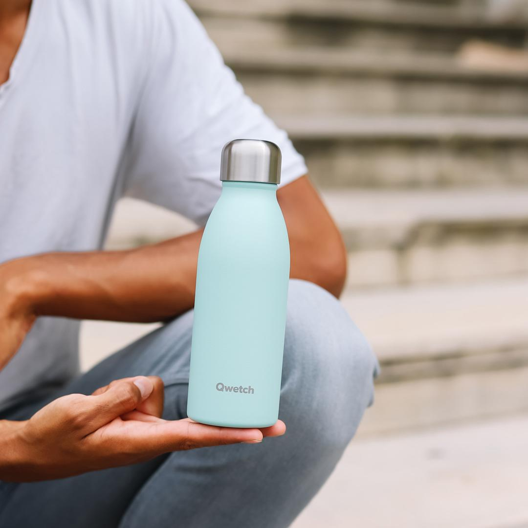 Stainless Steel ONE Bottle - Pastel Blue - 500ml in hand