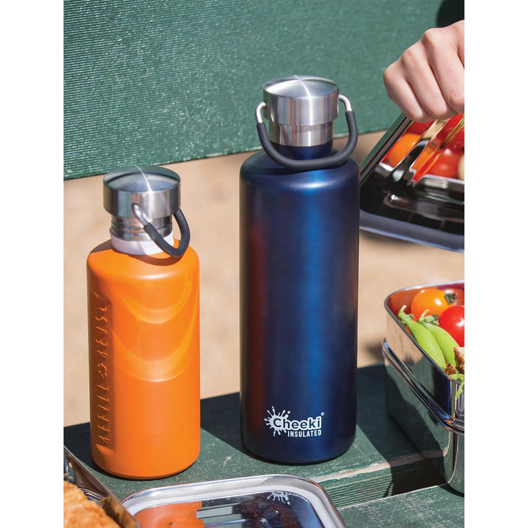 600ml Insulated Stainless Steel Cheeki Classic - Ocean in use