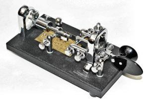 VIBROPLEX 'ORIGINAL STANDARD BUG KEY' BLACK BASE CHROME