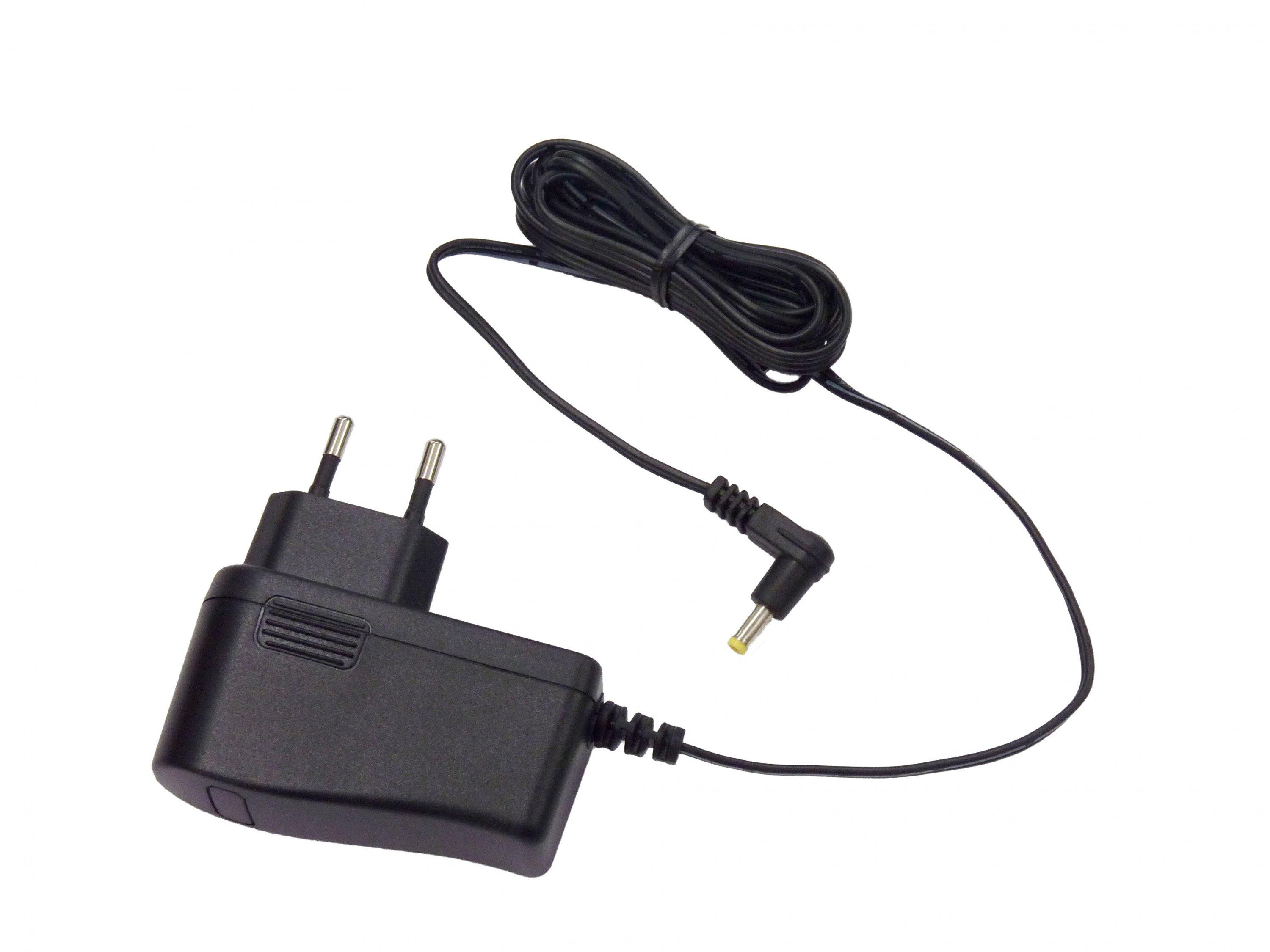 Yaesu SAD-11C 2-Pin Euro Charger  for SBH-11 Charger