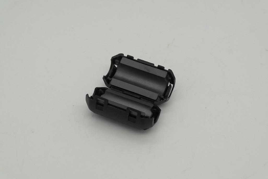 Clip-On Ferrites for RG-8Mini 7mm Coax Cable