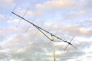 220822 Tonna 2m (144 - 146MHz) 2x11 Crossed Yagi