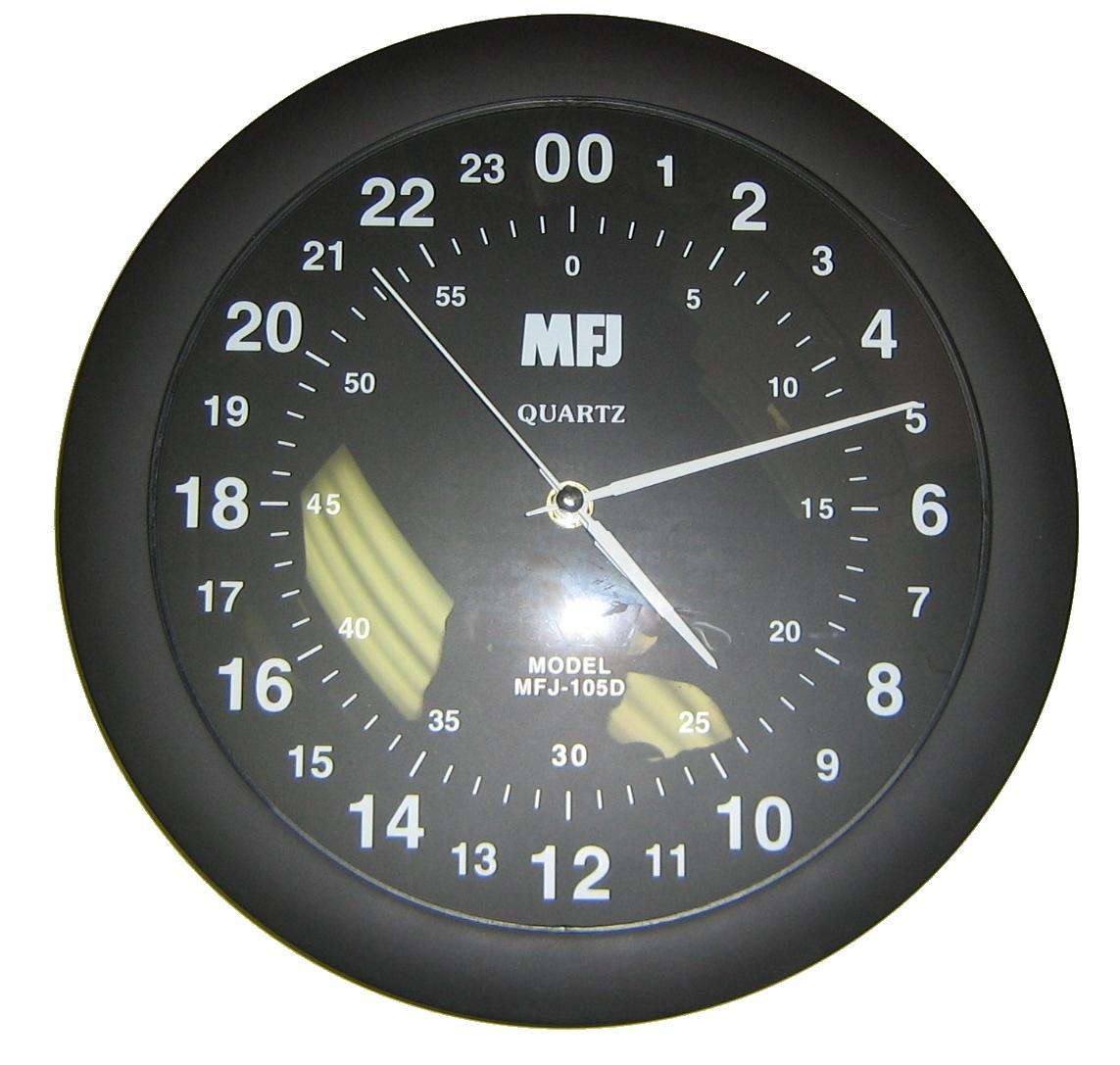 MFJ-105D 24 Hour Wall Clock