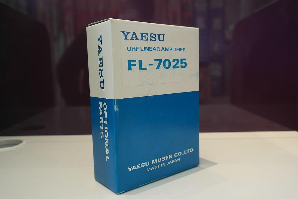 Yaesu FL-7025 UHF Linear Amplifier for FT-790MKII4