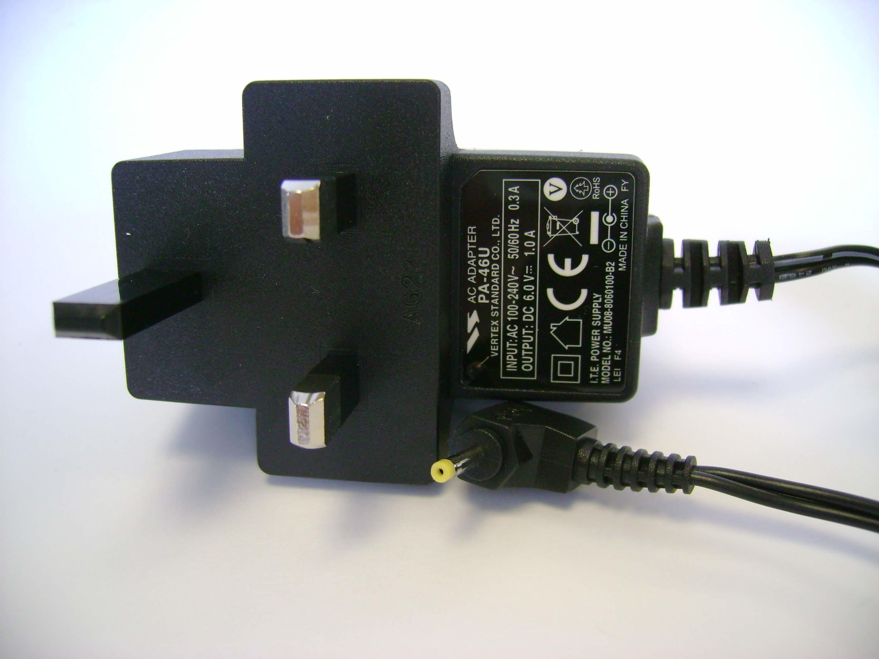 Yaesu PA-46 6.0 VDC Switch Mode AC Wall Adapter