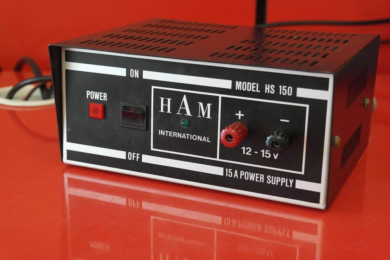 Second Hand Ham International HS-150 15 Amp Power Supply 1