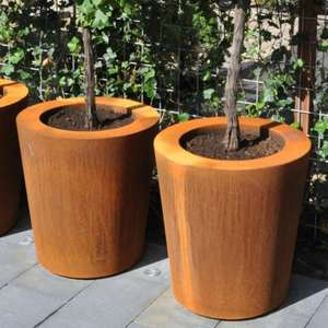 corten_steel_garden_planters_outdoor_metal_contemporary_modern_industrial_luxury_high_quality_planters