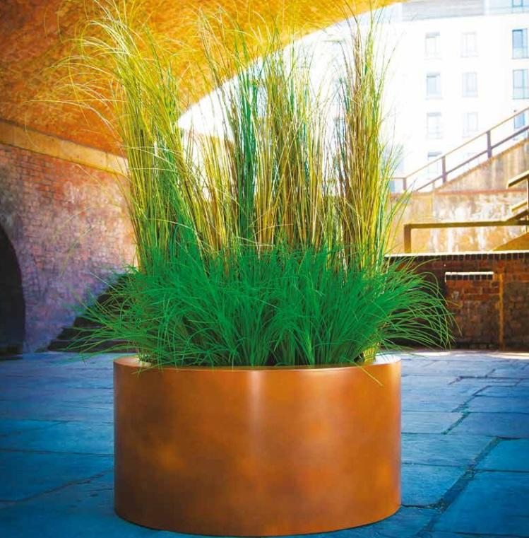 fibreglass_round_planter_garden_modern_outdoor_contemporary