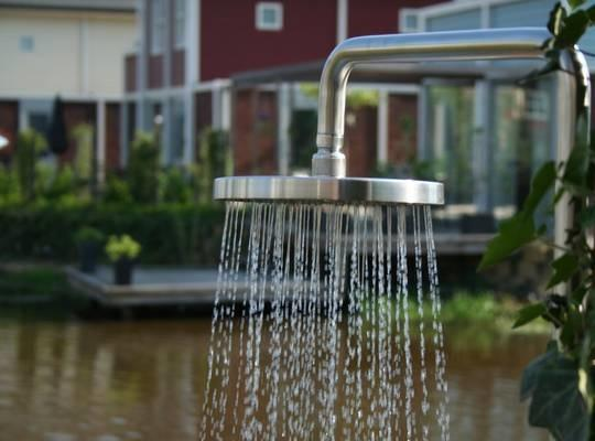 stainless_steel_outdoor_shower_garden_single_feed_304_grade_luxury_high_quality