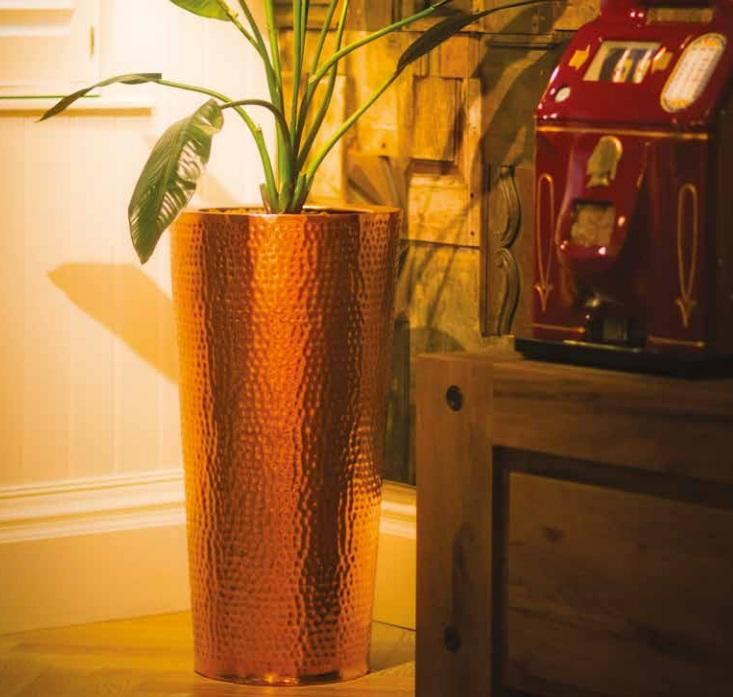 copper_planters_garden_outdoor_indoor_conical_metal_modern_contemporary_uk_kent