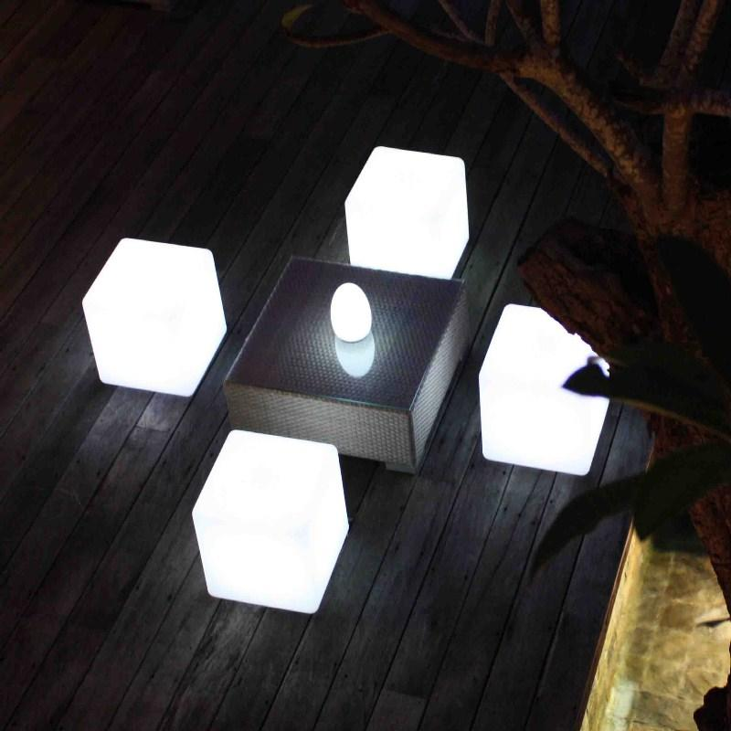 fibreglass_cube_garden_stools_seats_outdoor_weatherproof_waterproof_modern_light_illuminated_seating