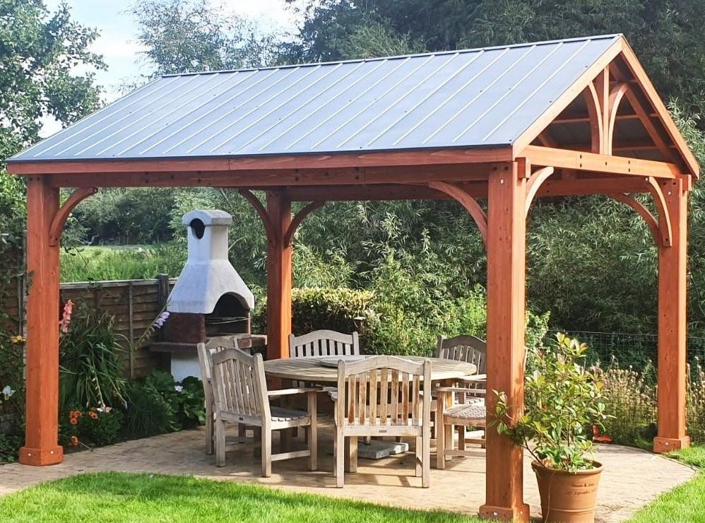 garden gazebo in cedar wood fsc with garden furniture