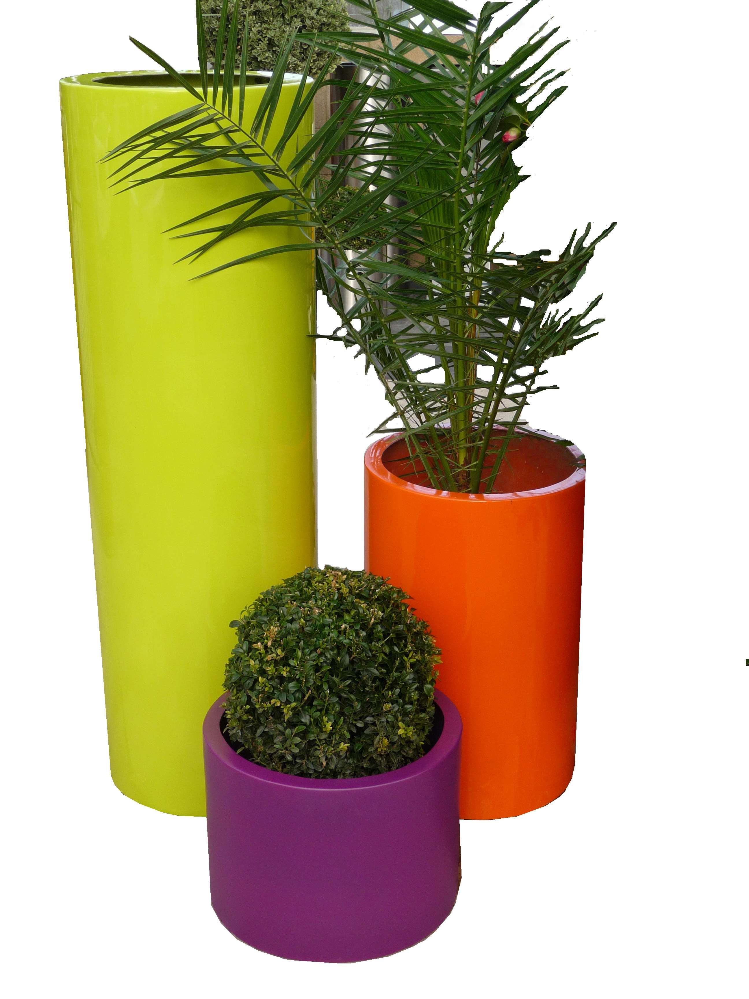 fibreglass_planter_tall_cylinder_planter_modern_contemporary_garden_outdoor_weatherproof_uk_kent_bespoke
